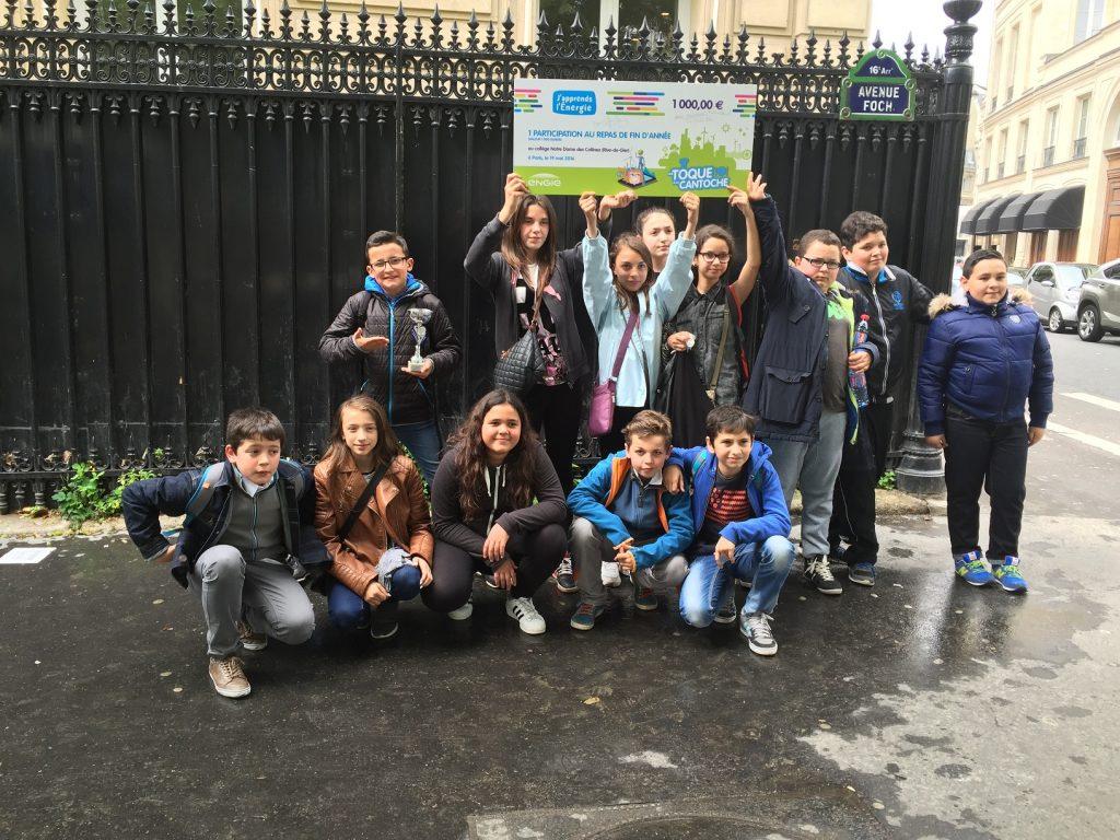 une toque à la cantoche , les élèves à Paris