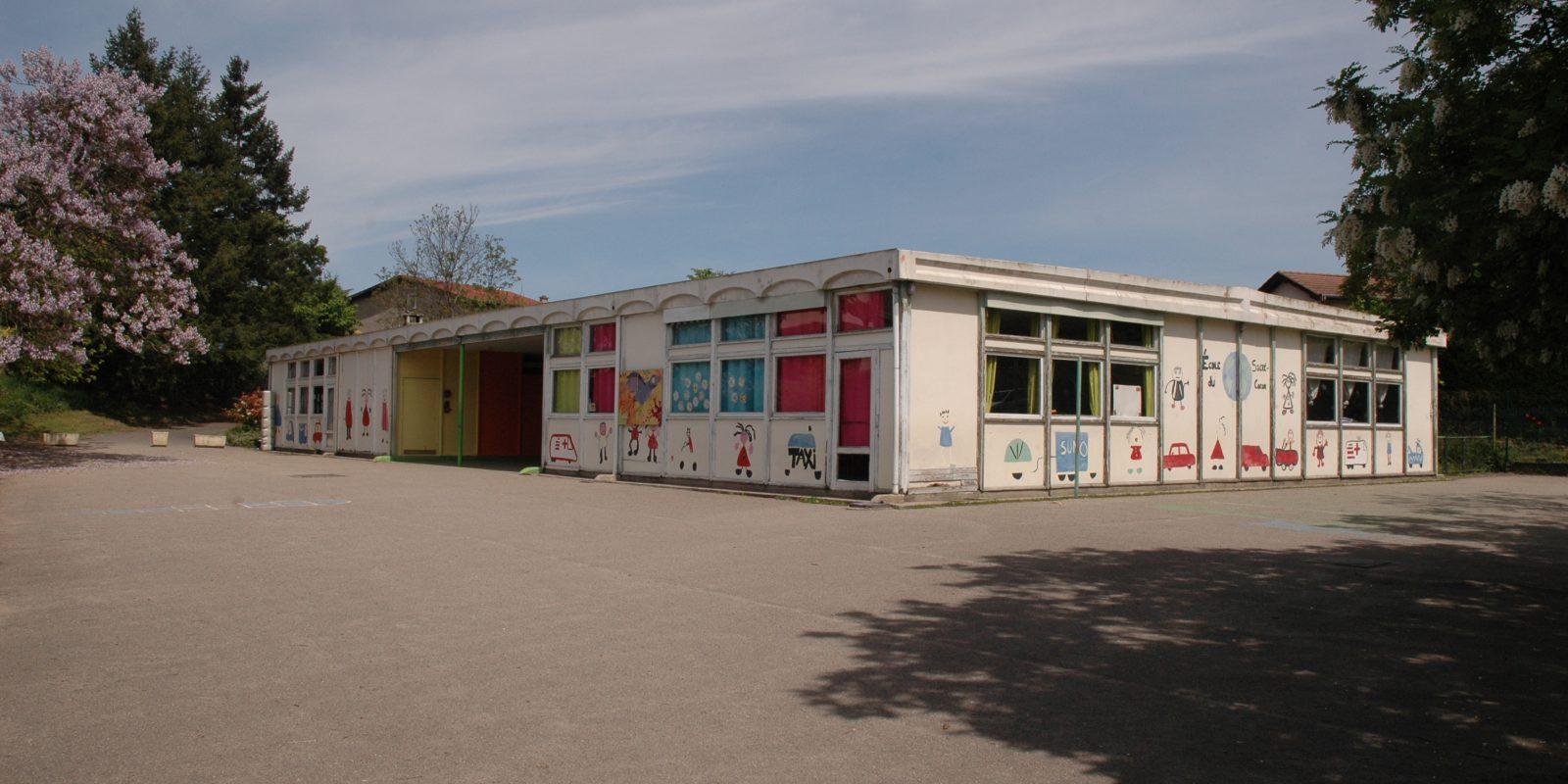 Vue de l'entrée principale